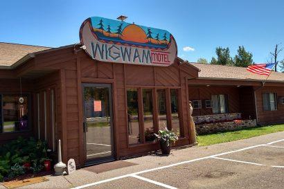 Wigwam Lodge exterior